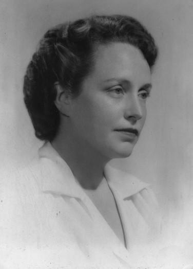 Janet Huntington Brewster Murrow was born in Middletown in 1910 and is a graduate of  Middletown High School. She married broadcaster Ed R. Murrow in Middletown in 1935. She was a war corespondent during World War II reporting from Britain. Huntington Brewster Murrow also worked as a relief work during World War II. She helped find homes for British children and worked to ease tensions between American soldiers and British civilians.