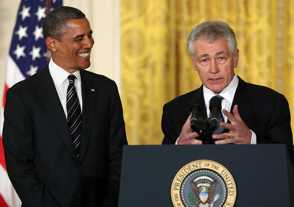 Chuck Hagel and Presidenta Obama