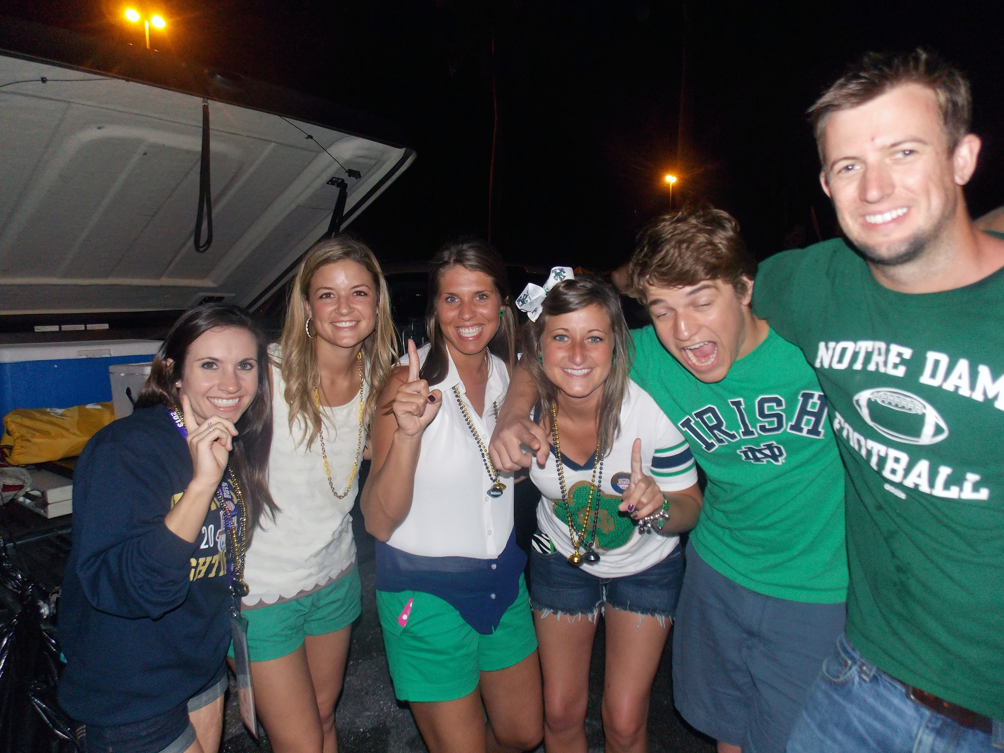 <b>Photos:</b> Tailgating BCS fans - Tailgaiting madness