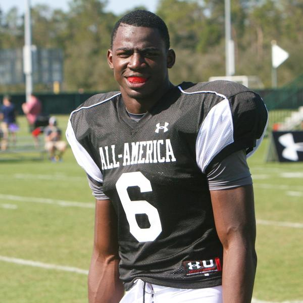 Matthew Thomas of Miami Booker T. Washington will be visiting Alabama, Southern Cal, Florida State, Georgia and Miami before revealing his college choice Feb. 6, National Signing Day.