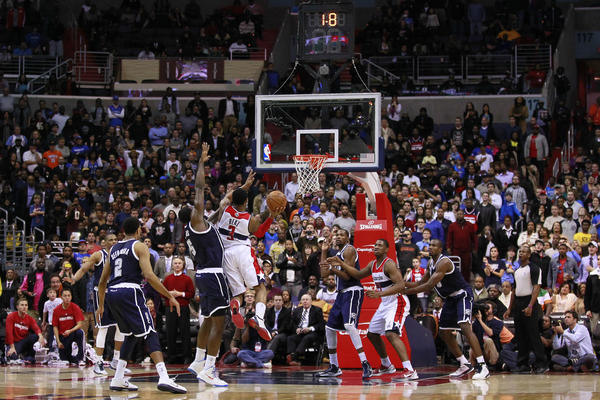 Washington Wizards shooting guard Bradley Beal (3) makes the game-winning basket in the final second over Oklahoma City Thunder center Kendrick Perkins (5) at Verizon Center. The Wizatds won 101-99.
