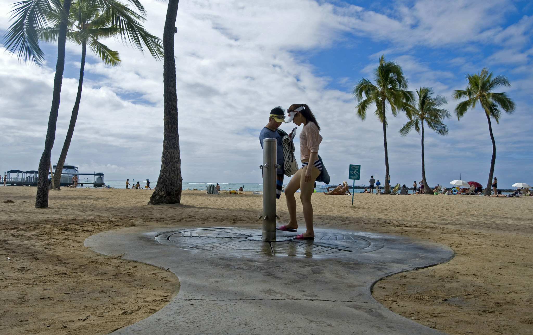 Pictures: Best Beach 2013 -- Duke Kahanamoku Beach in Hawaii - Best Beach 2013 -- Hawaii