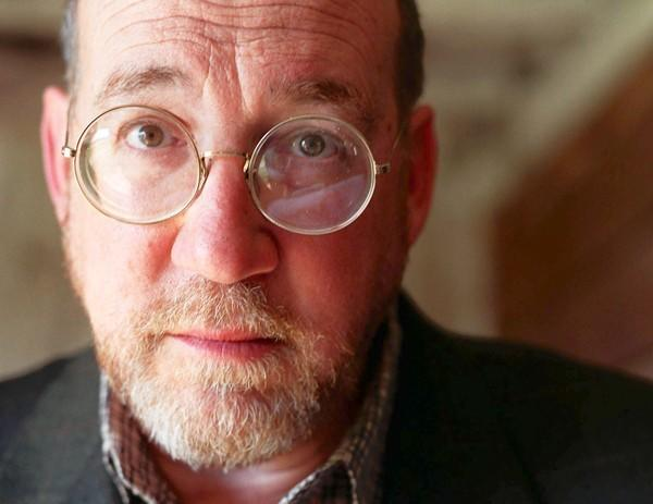 Pulitzer-prize winning author and journalist Richard Ben Cramer died of lung cancer at age 62.