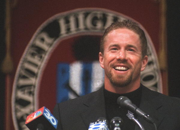 Jeff Bagwell played his entire 15 year Major League Baseball career with the Houston Astros. The four-time Major League All-Star was a standout athlete at Xavier High School, where he graduated in 1986.