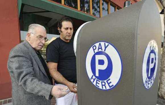 Recent legislation introduced by Assemblyman Mike Gatto (D-Silver Lake) preventing cities from ticketing drivers who park at broken meters will likely go unnoticed in places like Burbank and Glendale, where most meters have been replaced with kiosks.