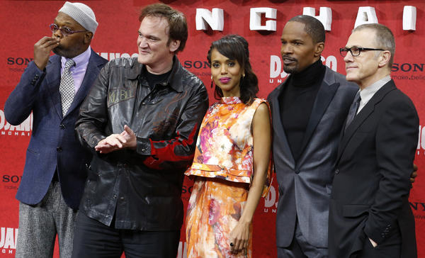 "Cast members Samuel L. Jackson (L-R), Quentin Tarantino, Kerry Washington, Jamie Foxx and Christoph Waltz pose on the red carpet for the German premiere for Tarantino's latest movie ""Django Unchained"" in Berlin."