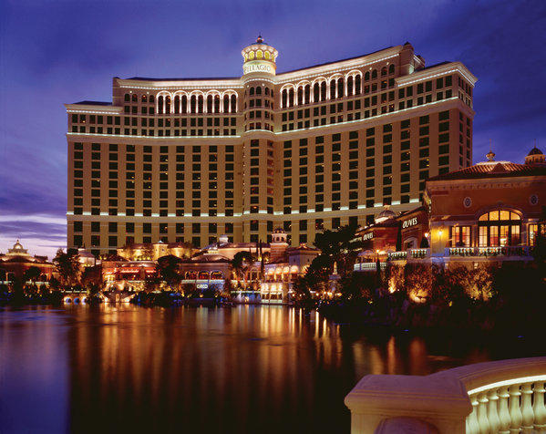 Visitors to Bellagio and other MGM resorts can now enjoy free Wi-Fi in public areas.