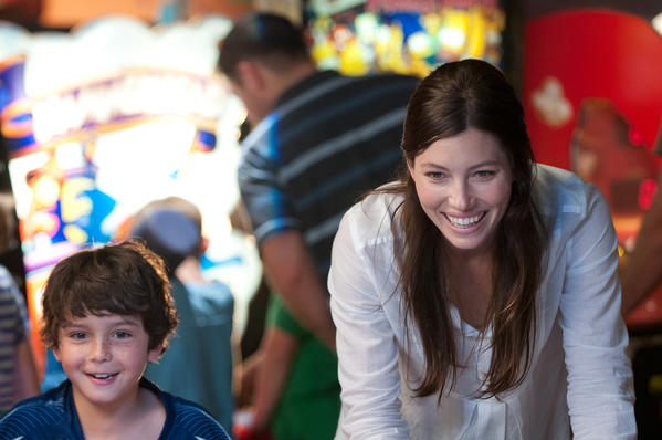 <strong>Worst supporting actress</strong>: Jessica Biel
