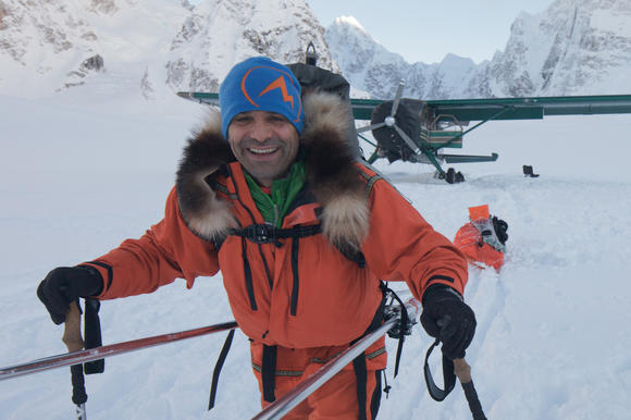 Lonnie Dupre Flys to Kahiltna Glacier for Summit of Denali