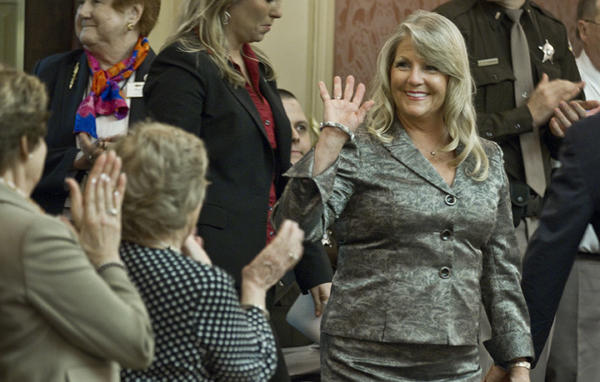 General Assenmbly 2013, first lady of Virginia Maureen McDonnell is greeted by the House and Senate members as she entered the House before the Gov. speech on the his State of the Commonwealth in Richmond.