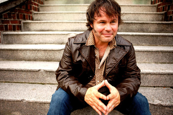 Martin Sexton, an acclaimed songwriter, is set to perform in Norfolk Jan. 11, 2013.