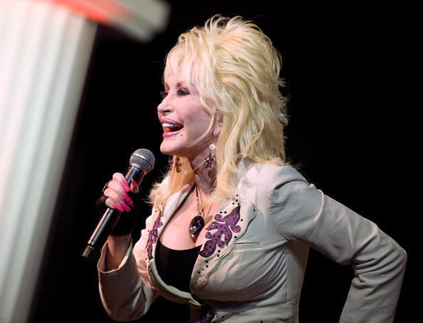 "Superstar <a class=""taxInlineTagLink"" id=""PECLB003379"" title=""Dolly Parton"" href=""/topic/entertainment/music/dolly-parton-PECLB003379.topic"">Dolly Parton</a> is 65 today."