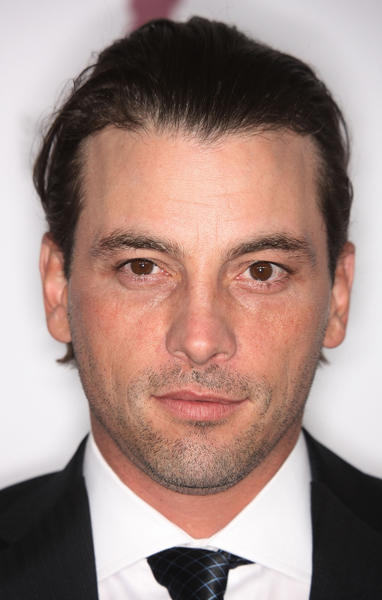 "<a class=""taxInlineTagLink"" id=""PECLB003882"" title=""Skeet Ulrich"" href=""/topic/entertainment/skeet-ulrich-PECLB003882.topic"">Skeet Ulrich</a> used to be so hot (remember him in <i>Scream</i>?) His 41st birthday is today and he's starting to look more like <a class=""taxInlineTagLink"" id=""PECLB004198"" title=""Matthew Broderick"" href=""/topic/entertainment/movies/matthew-broderick-PECLB004198.topic"">Matthew Broderick</a>."