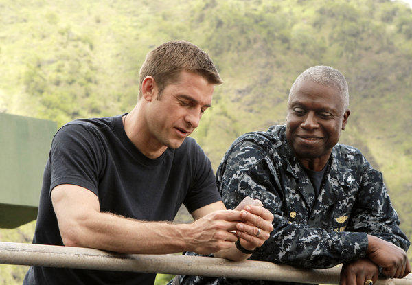 "Scott Speedman as Sam Kendal, left, and Andre Braugher as Capt. Marcus Chaplin in a scene from the ABC series ""Last Resort,"" which didn't get picked up for a full season."