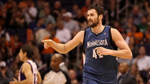 Timberwolves' Kevin Love to miss eight to 10 weeks