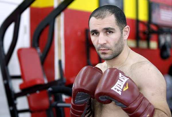 """ARCHIVE PHOTO: Art Hovhannisyan is slated to fight Logan McGuinness on Feb. 22 in a """"Shobox"""" main event with a possible World Boxing Assn. championship bout as the winner's prize."""