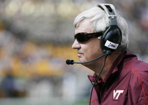 Virginia Tech coach Frank Beamer expected to hire a new offensive coordinator