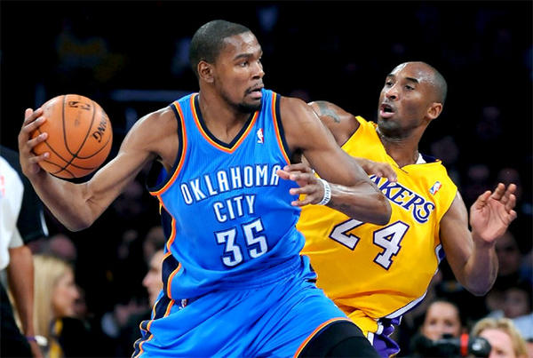 Thunder forward Kevin Durant scored a game-high 42 points against the Lakers on Friday night at Staples Center.