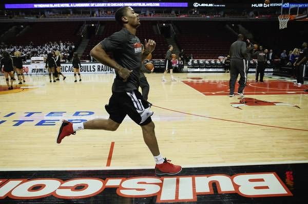 "<a class=""taxInlineTagLink"" id=""PESPT008549"" title=""Derrick Rose"" href=""/topic/sports/basketball/derrick-rose-PESPT008549.topic"">Derrick Rose</a> runs sprints during a pregame warmup before a <a class=""taxInlineTagLink"" id=""ORSPT000164"" title=""Chicago Bulls"" href=""/topic/sports/basketball/chicago-bulls-ORSPT000164.topic"">Bulls</a> game against the Suns at the <a class=""taxInlineTagLink"" id=""PLTRA0000002"" title=""United Center"" href=""/topic/sports/united-center-PLTRA0000002.topic"">United Center</a>."