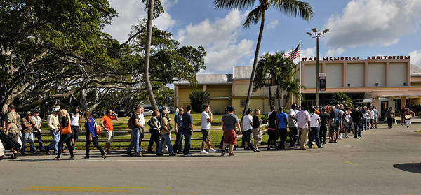 The two day Suncoast Gunshow at Fort Lauderdale's War Memorial Auditorium had a extra large crowd on its first day.