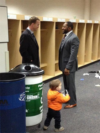 Broncos QB Peyton Manning chats with Ravens LB Ray Lewis after Baltimore's win over Denver.