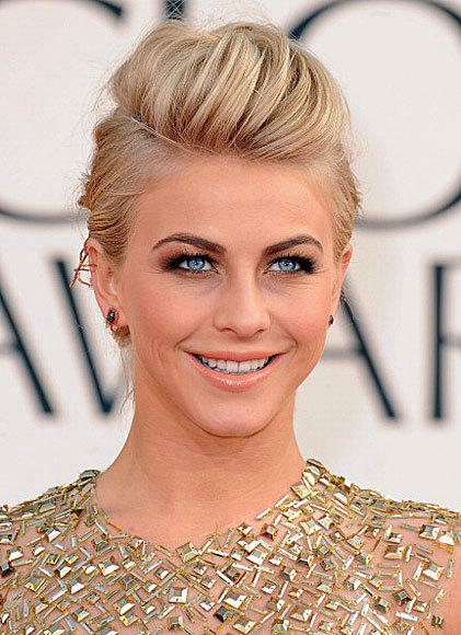 Golden Globes 2013: Best and worst moments: Did we hear her correctly? If we did, then Julianne Hough, instead of normal jewels, was actually wearing (gold-encrusted?) insects in her ears. This would include a possible beetle and a stick bug. New fashion trend?   -- Laurel Brown, Zap2it