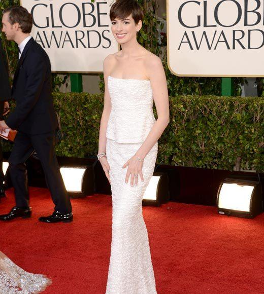 Photos: Golden Globes 2013 red carpet arrivals: Anne Hathaway