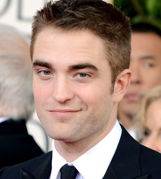 Photos: Golden Globes 2013 red carpet arrivals: Robert Pattinson