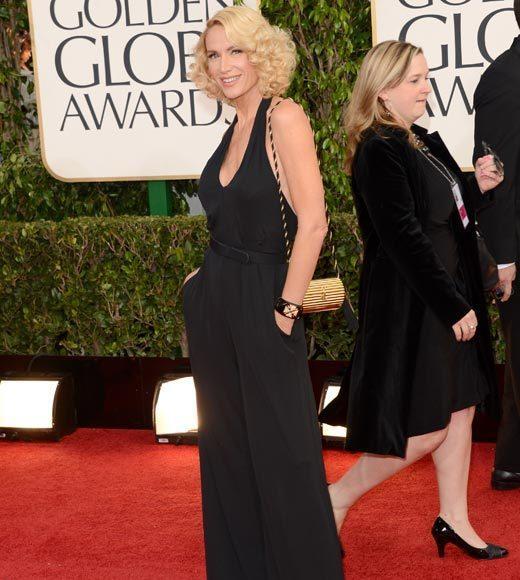 Photos: Golden Globes 2013 red carpet arrivals: Kelly Lynch