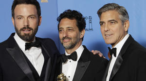 'Les Miz,' 'Argo' win Golden Globes; Jodie Foster is talk of show