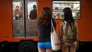 No Pants Subway Ride - Mexico City