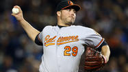 Orioles, Tommy Hunter agree to one-year, $1.82M deal