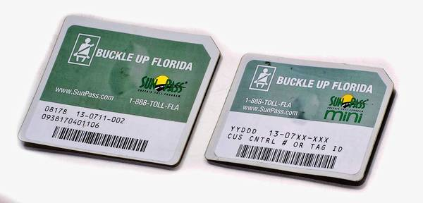 The newest SunPass Mini, right, alongside the original Mini.