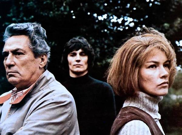 "Peter Finch, Murray Head and Glenda Jackson in John Schlesinger's ""Sunday Bloody Sunday."""