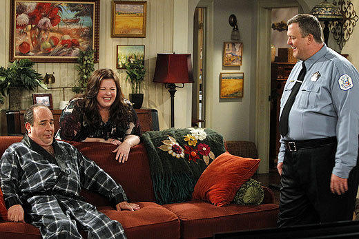 'Mike & Molly': Behind the scenes of Season 3: Louis Mustillo, Melissa McCarthy and Billy Gardell