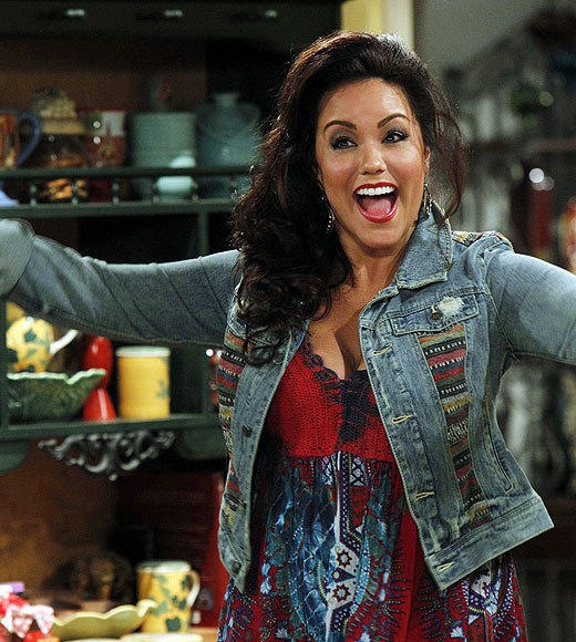 'Mike & Molly': Behind the scenes of Season 3: Katy Mixon