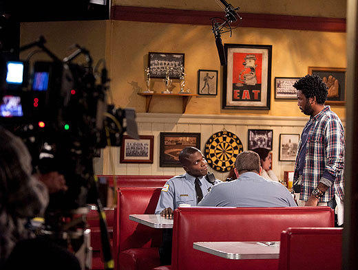 'Mike & Molly': Behind the scenes of Season 3: Reno Wilson, Billy Gardell and Nyambi Nyambi
