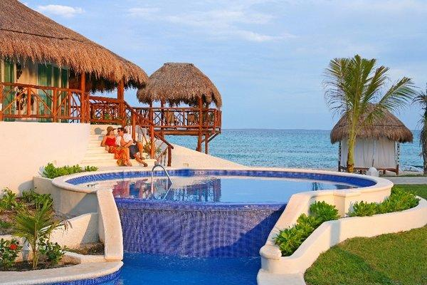 Guests at 10 Riviera Maya resorts, including El Dorado Casitas Royale, can participate in a new wine series.