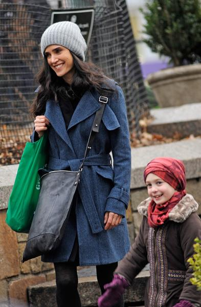 "Jennifer Connelly and Ripley Sobo filming ""Winter's Tale"" in New York City."