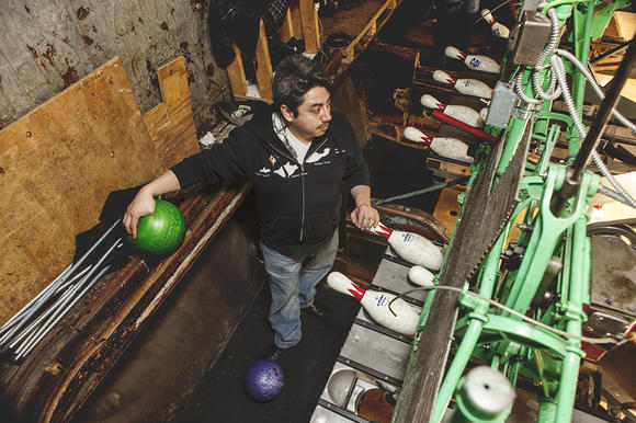 Pin setter Jose at SouthPort Lanes