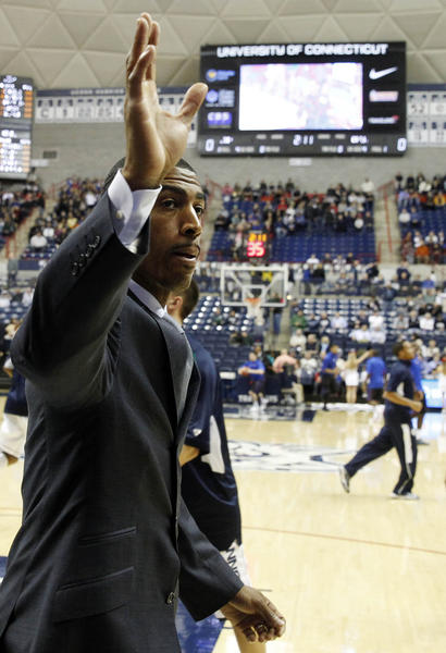 Kevin Ollie gets a contract extension to continue as the UConn head coach.