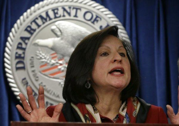 U.S. Attorney Carmen Ortiz defends the prosecution of Aaron Swartz