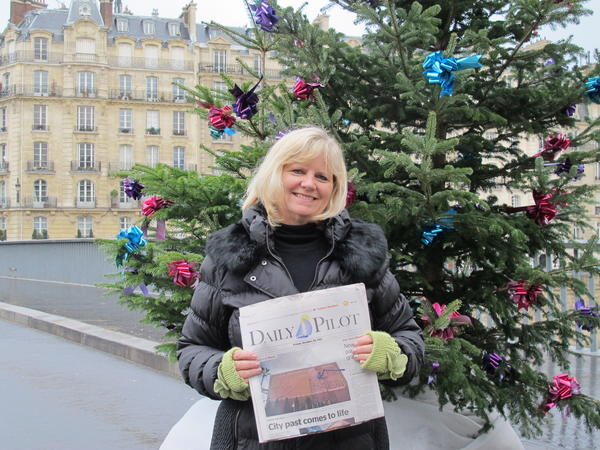 "Julie Blumberg of Newport Beach spent two weeks in Paris during the holidays.  ""Chestnuts roasting on the open fire..."", festive store window displays, Christmas lights strung across the boulevards, and the Christmas markets and ice skating venues throughout the city made for a fabulous time to visit Paris, she said."