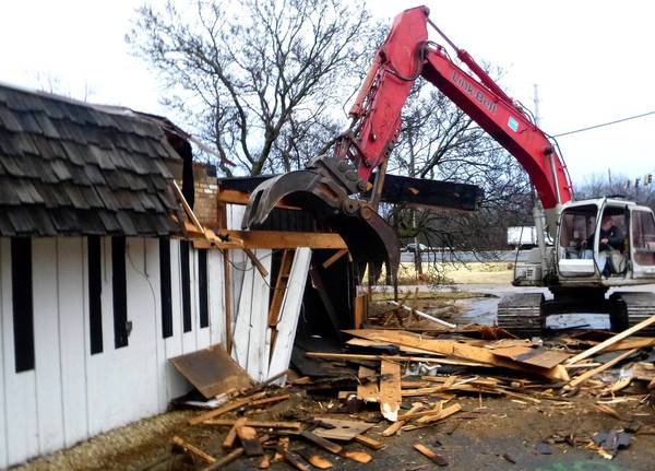 The Stresney & Sons piano company building, at the northeast corner of Butterfield and Batavia Roads, was razed last week.