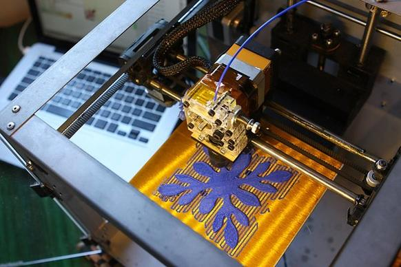 "Using schematics created by the user, the Solidoodle 2 ""prints"" the object in a 3-D form."