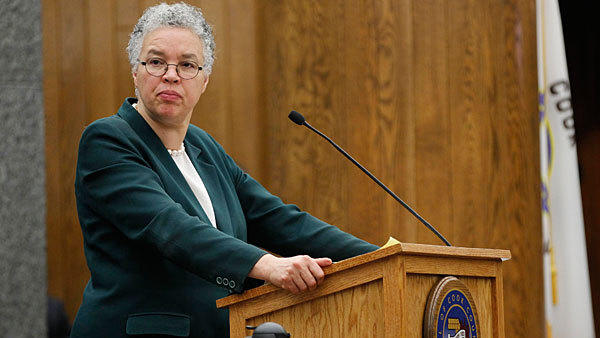County Board Pres. Toni Preckwinkle presides Wednesday, Jan. 16, 2013 over a board meeting.