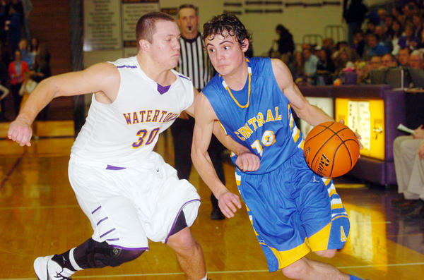 Aberdeen Central's Brady Mohr drives against Watertown's Trevor Jutting.