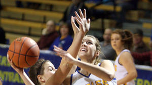Fundamentals crucial to Central basketball girls' win