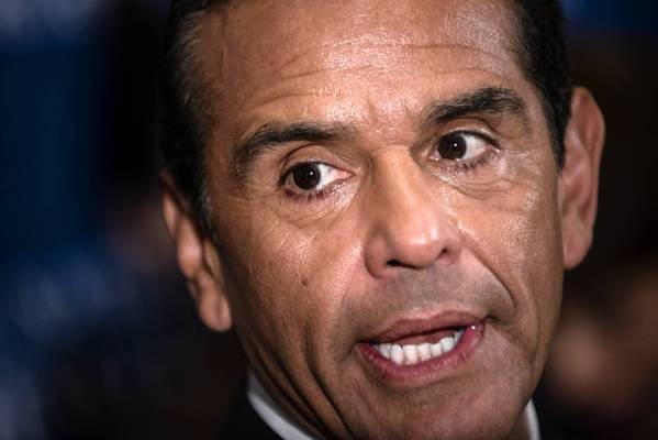 Los Angeles Mayor Antonio Villaraigosa speaks at a recent luncheon at the National Press Club in Washington, D.C. The mayor says he has asked the city's three pension funds to review all investments and work to end those in companies that manufacture assault weapons.