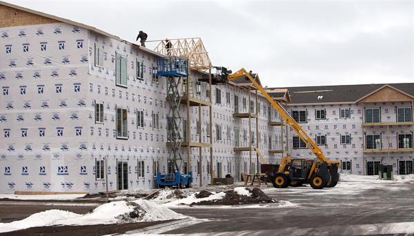 Work continues on the Prairie Village apartments on North Roosevelt Street. American News Photos by John Davis